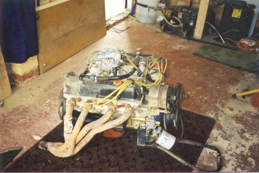 350 chevy into dakar range rover
