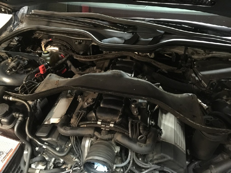 BMW V8 N62 Oil Stem Seals Part 1
